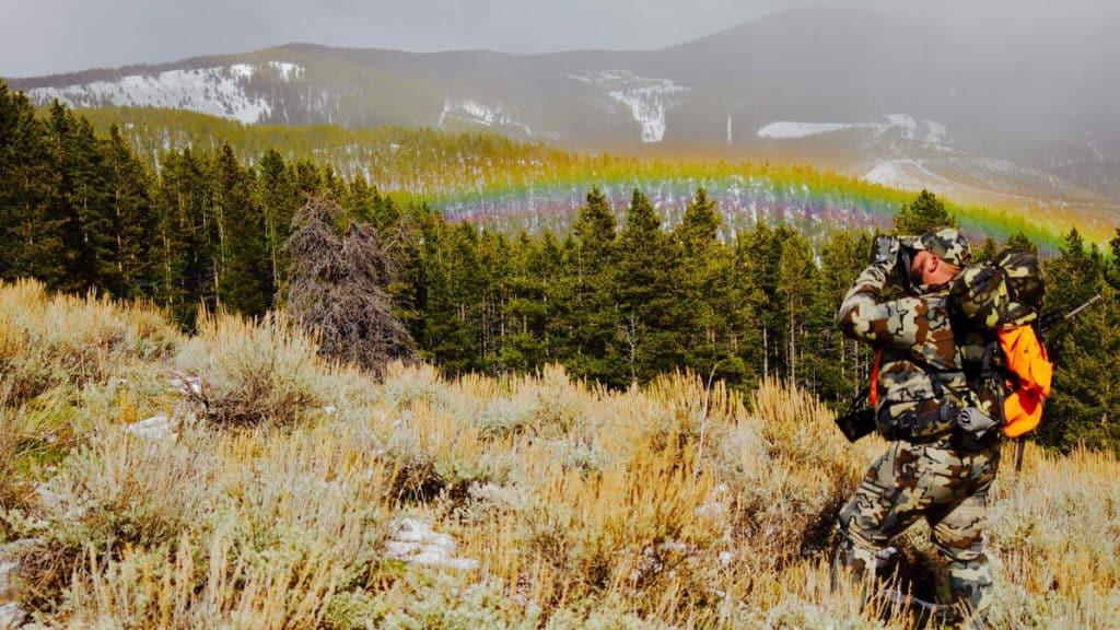 Best Binoculars for Hunting Reviews - Hunting Binoculars - proHuntingHacks